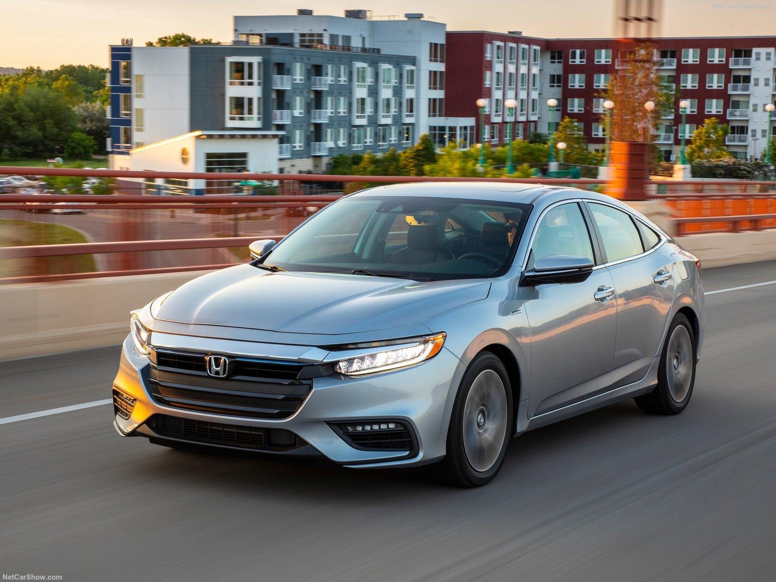 Honda-Insight-2019-1600-1b